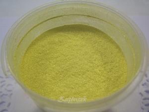 SQ mica poeder, 10 gram fluor geel in een gripzakje.